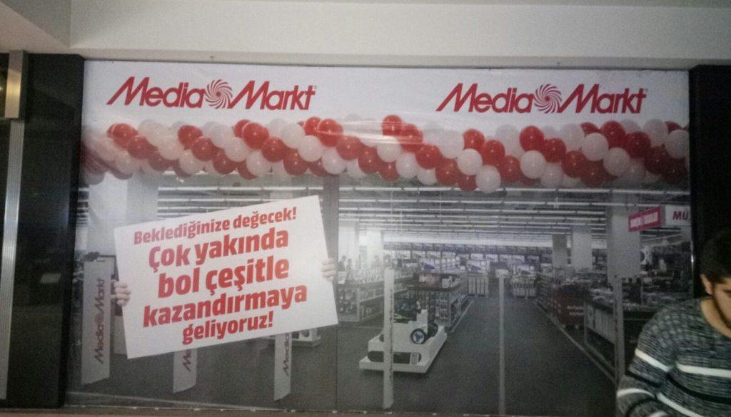 bursa-korupark-avm-magaza-kapama-deneyimli-reklamci